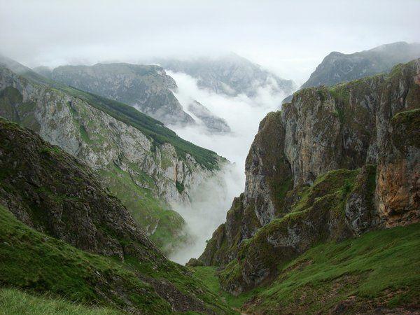 Astúria, pohľad do doliny