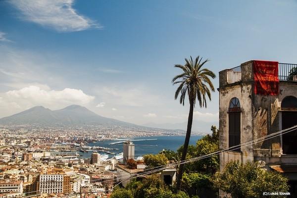 Pohľad na Neapol v Taliansku