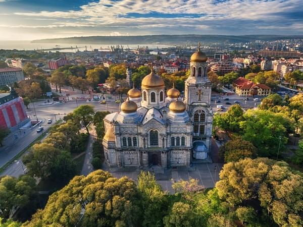 Katedrála Zosnutia presvätej Bohorodičky_Varna_