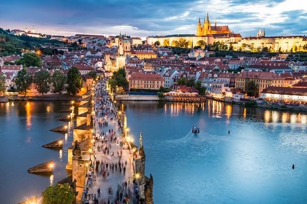 Praha - hrad a Karlov most