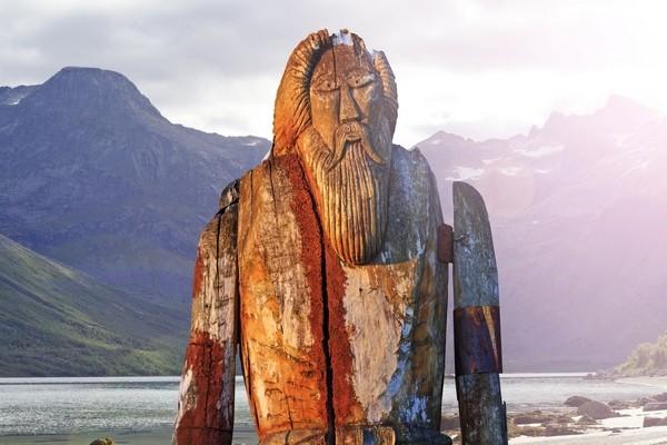 Socha boha Odina