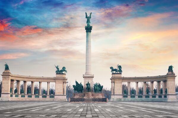 Námestie hrdinov, Budapešť, Maďarsko