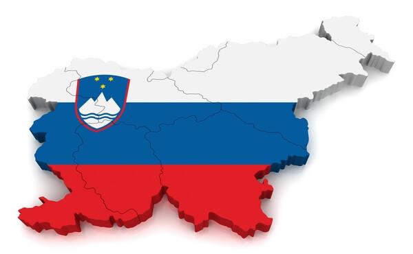 mapa Slovinska, vlajka