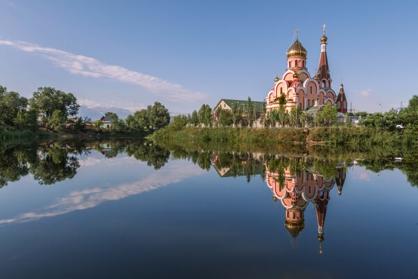 kostol pri jazere_church near the lake