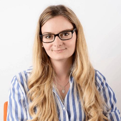 Olena Micovčinová