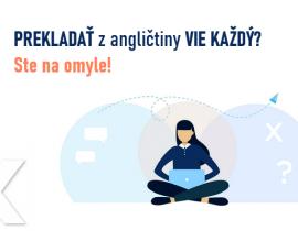 žena prekladá na počítači